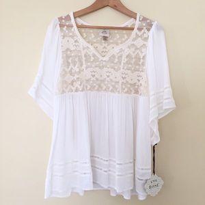 Knox Rose /  New white lace boho tunic